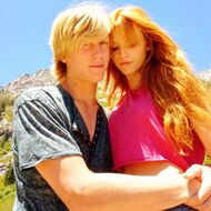 Bella-thorne-bristan-cuddle-(2)
