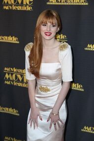BellaThorne12thMovieGuideAwards(43)