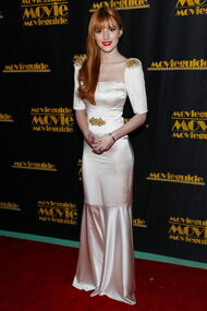 BellaThorne12thMovieGuideAwards(6)