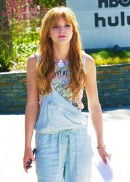 Bella-thorne-walking-in-the-neighbourhood-wearing-denim
