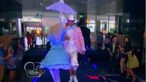 HD Shake It Up Made In Japan - Fashion Is My Kryptonite Fashion Show - Clip