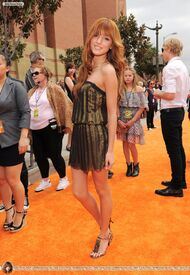 Bella-thorne-on-the-orange-carpet