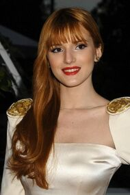 BellaThorne12thMovieGuideAwards(26)