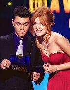 Bella thorne and adam irigoyen alma awards (1)