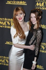 BellaThorne12thMovieGuideAwards(35)