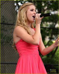 Caroline Sunshine 17