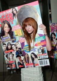 Bella-thorne-head-through-magazine