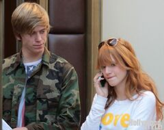 Bella-thorne-on-the-phone-with-boyfriend