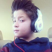 Davis-cleveland-with-headphones