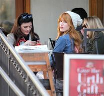 Bella Thorne Lunch20