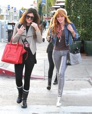 Bella Thorne Lunch34