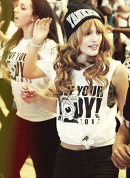 Bella-thorne-dancing2012