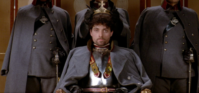 File:Fortinbras Crowned King.png