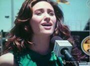 Emmy sing 3 dec07