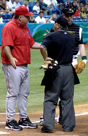 File:Mike Scioscia real life.jpg