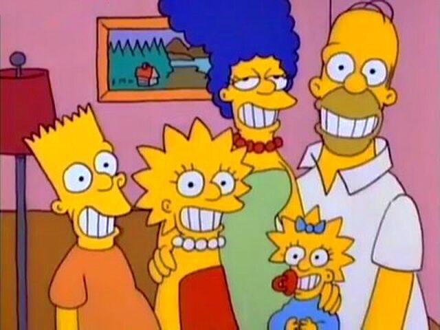File:SimpsonsFamilyPortrait smile.JPG