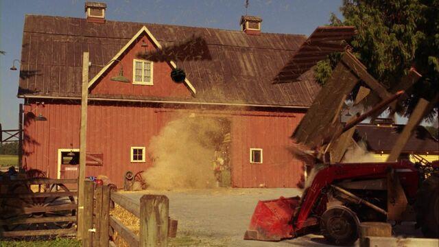 File:Barn Door.jpg