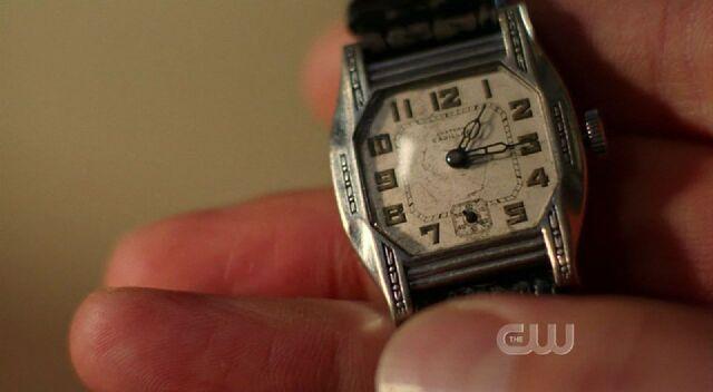 File:Jonathan's watch face.jpg
