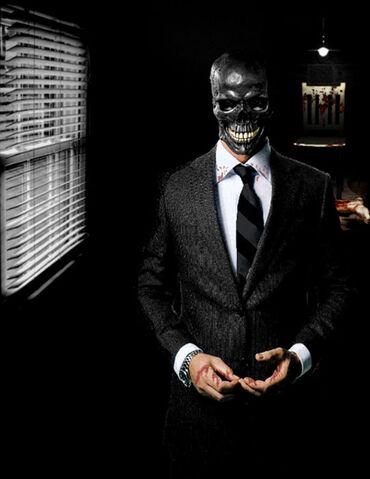 File:Batman-arkham-city-black-mask.jpg