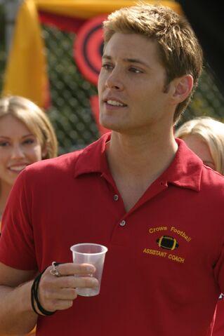 File:Jensen Ackles Smallville Stills 4x04-01.jpg