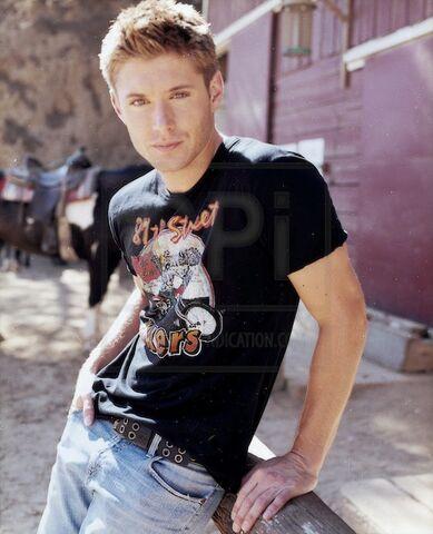 File:Jensen Ackles Alyson Dyer 2004-05.jpg
