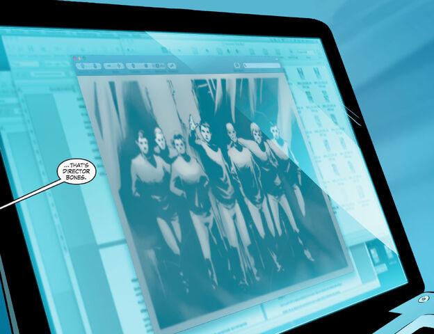 File:Wonder Woman SV smallville 61 1377312975367.jpg
