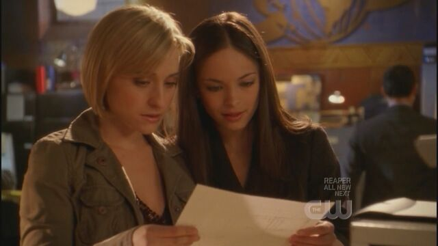 File:SmallvilleS7E14-140.jpg