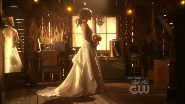 File:Bride.jpg