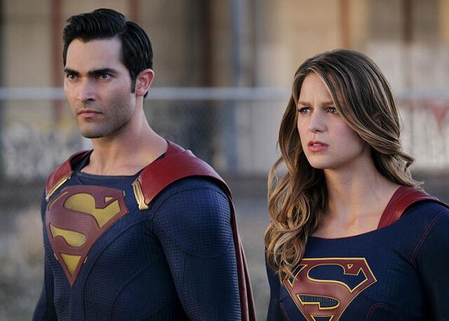 File:The House Of El family Kal-El Kara Zor-EL Supergirl.jpg