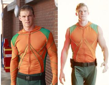 File:Aquaman Long and Short sleeves.jpg