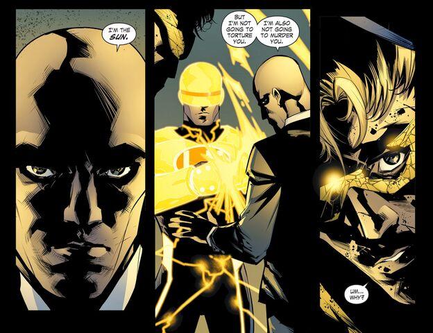 File:Smallville - Chaos 008 (2014) (Digital-Empire)006.jpg