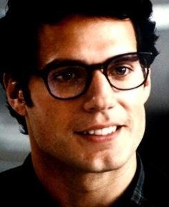 File:MOS Clark Kent.jpg