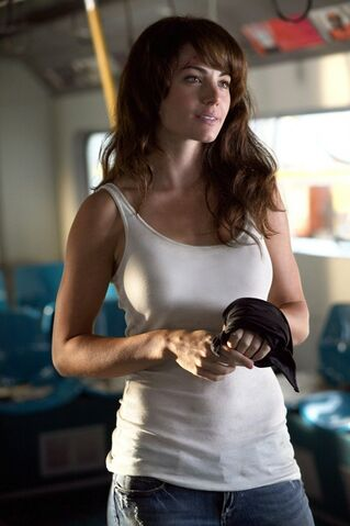 File:Lois lane savior.jpg