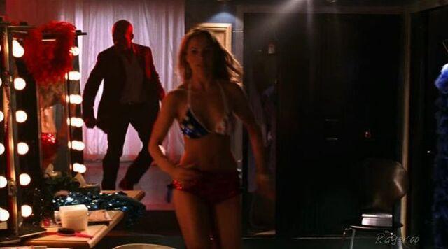 File:Rageroo-Erica Durance-Smallville S5E06-03.jpg