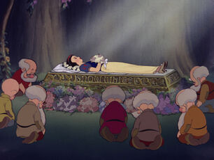 Snow-white-disneyscreencaps.com-9329