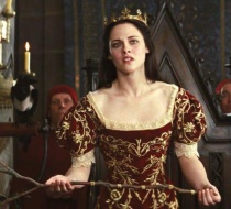Queen Snow White 3
