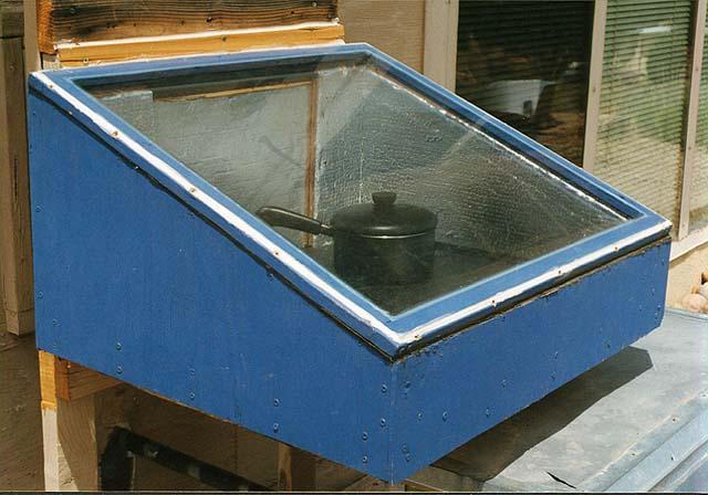 File:Solar-cooker-design-Walloven.jpg