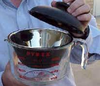 File:Pyrex pan glazing.jpg