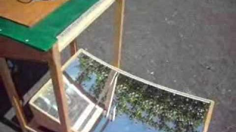 Primrose Solar Cooker - Cuisinière Solaire - Solarkocher
