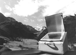File:Box cooker in the Alps.jpg