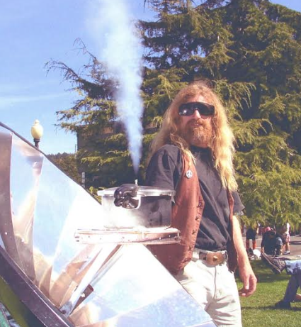 File:Bart Orlando with pressure solar cooker, 1-30-17.png