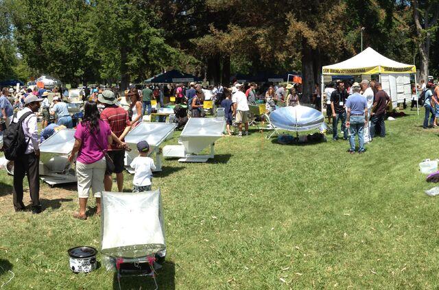 File:Sacramento festival 2014.jpg