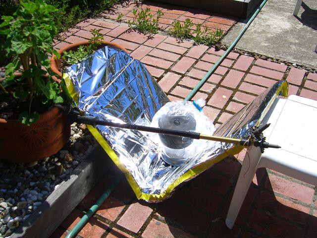File:Ultralight cooker experiment-2.JPG