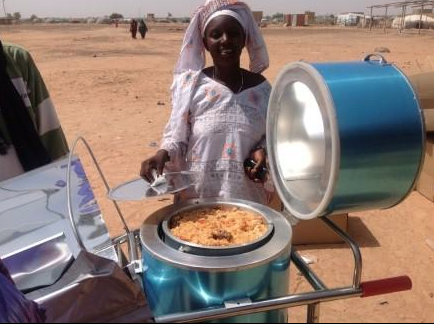 File:UNCHR supplied Blazing Tube solar cooker in Burkina Foaso, 2-9-15.png