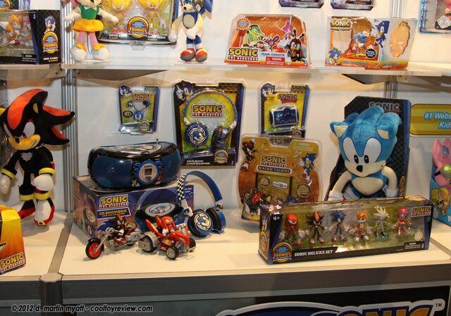 File:Toy Fair 2012 3.JPG