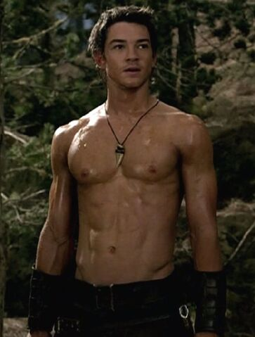 File:Craig horner shirtless 4.jpg