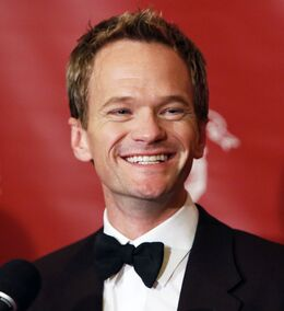 Neil-patrick-harris-hasty-pudding-2014-02