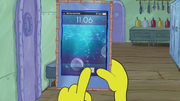 SpongeBob Checks His Snapper Chat 04