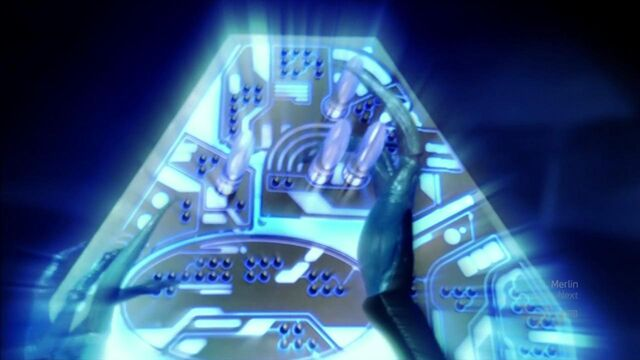 File:Blue alien control panel.jpg