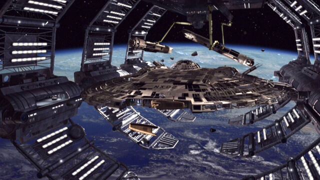 File:Columbia (NX-02) under construction.jpg